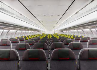 Stoelen in een A330 van TAP